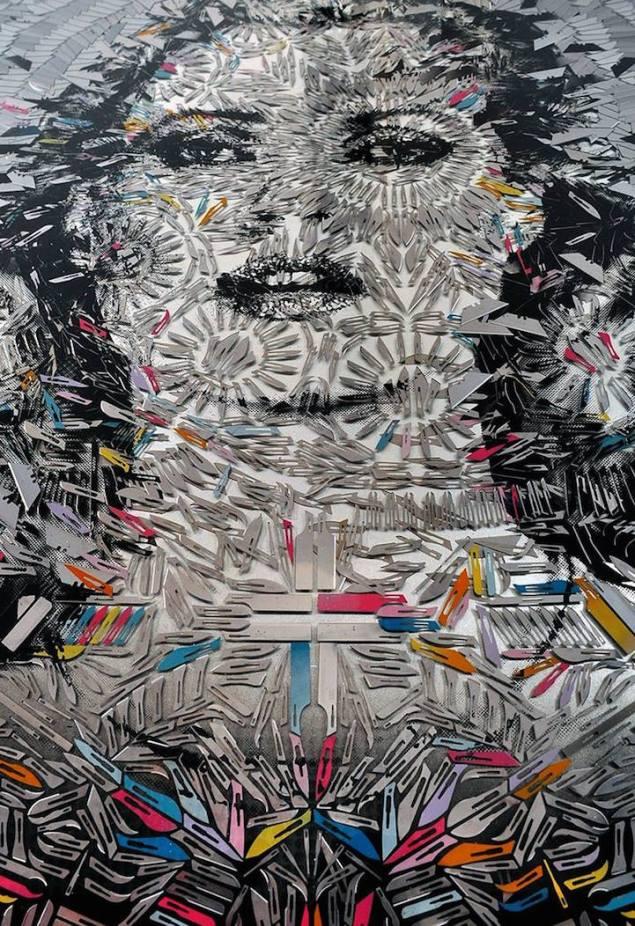 missbugs / Yüzlerce maket bıçağından mamul portre.