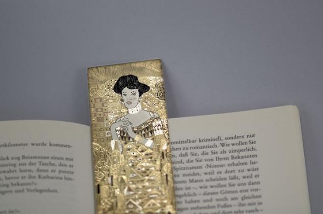Bookmark1