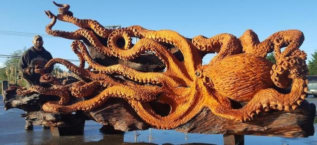 jsm-chainsaw-art-octopus-sculpture-1